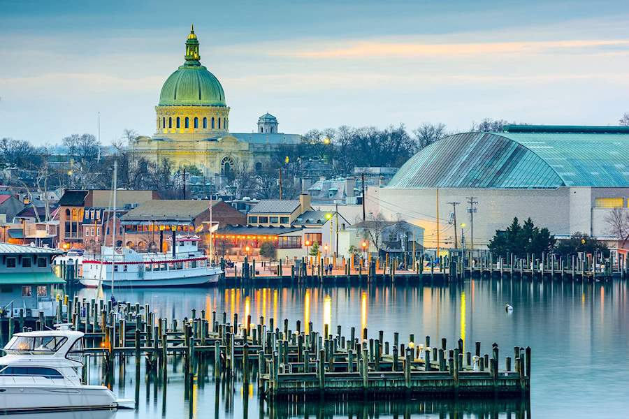 Chesapeake Bay & Beaches of Annapolis Maryland Hotel