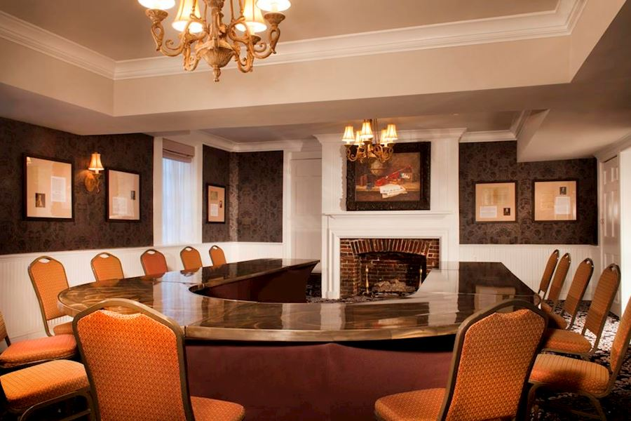 CROWN & CRAB Meeting Room of Historic Inns Annapolis