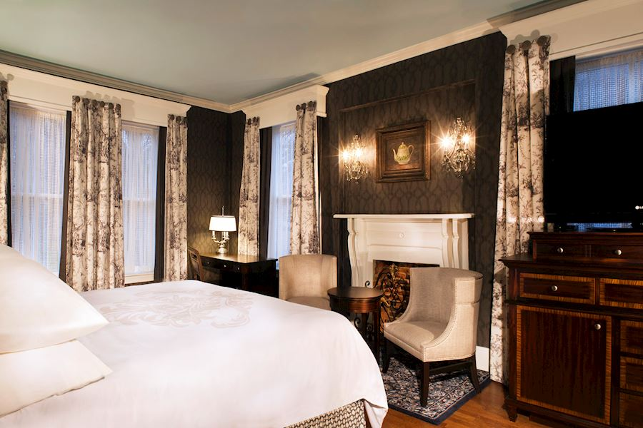 Governor Calvert King Room of Historic Inns Annapolis