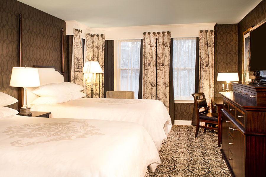 DOUBLE DOUBLE Bed Room of Robert Johnson of Historic Inns Annapolis